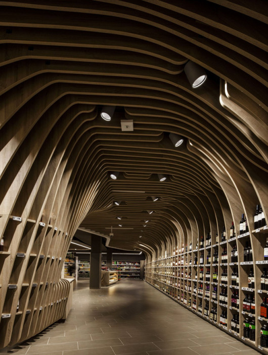 1-spar-supermarket-in-budapest-by-lab5-architects