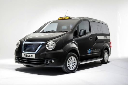 Nissan NV200  new black London cab
